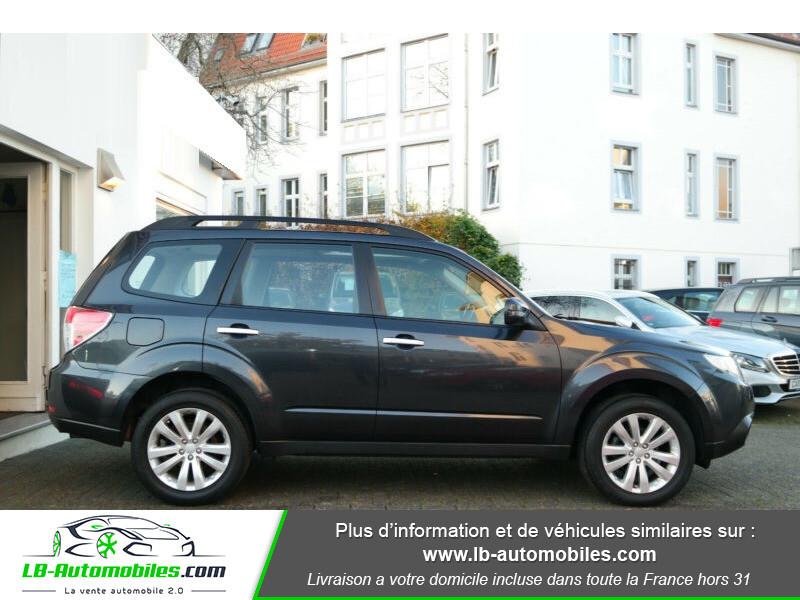 Subaru Forester 2.0 150 ch Noir occasion à Beaupuy - photo n°7