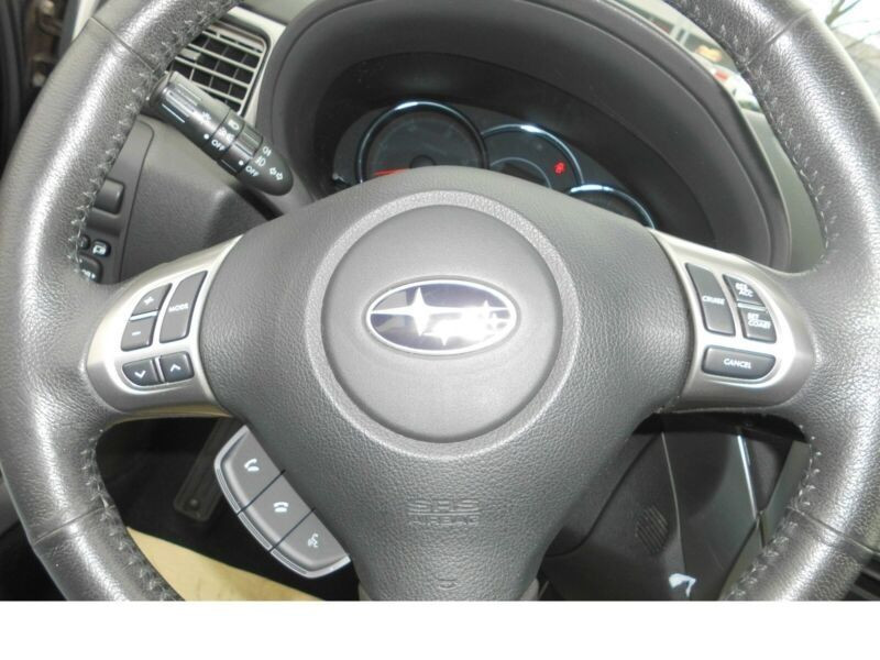 Subaru Forester 2.0 d Gris occasion à Beaupuy - photo n°2