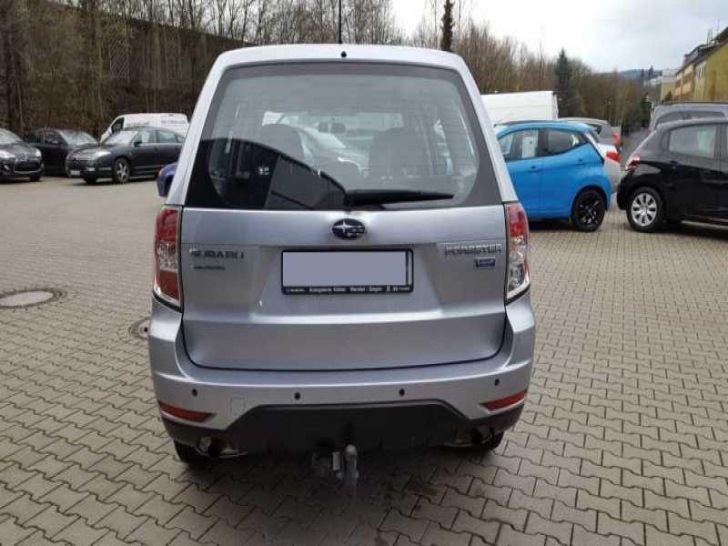 Subaru Forester 2.0 d Argent occasion à Beaupuy - photo n°7