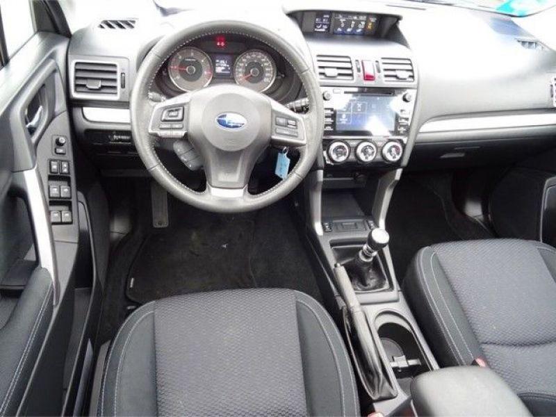 Subaru Forester 2.0 d Noir occasion à Beaupuy - photo n°2