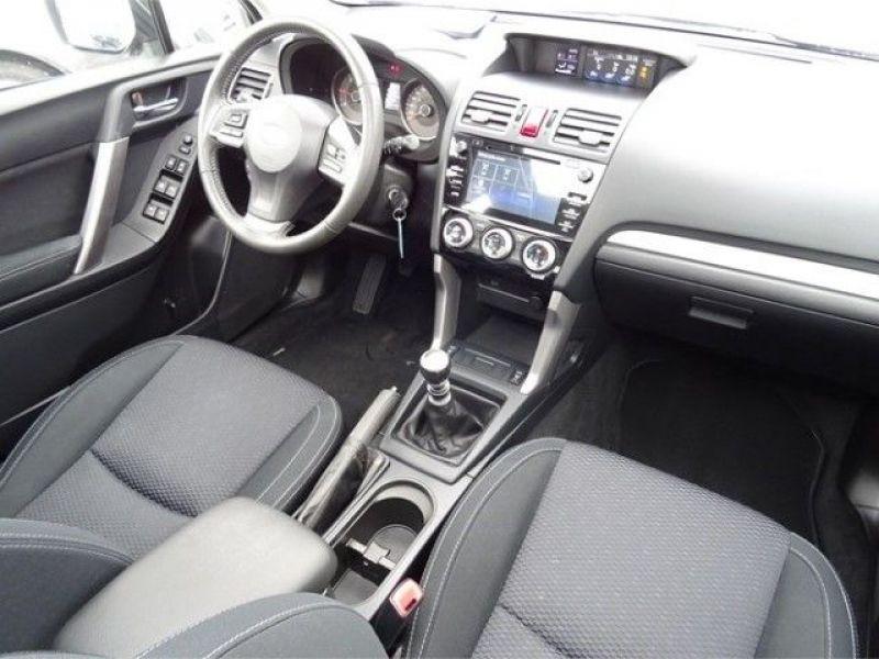 Subaru Forester 2.0 d Noir occasion à Beaupuy - photo n°7