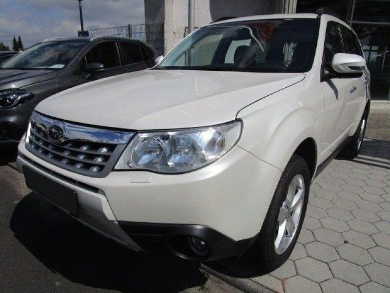 Subaru Forester 2.0 i Blanc occasion à Beaupuy