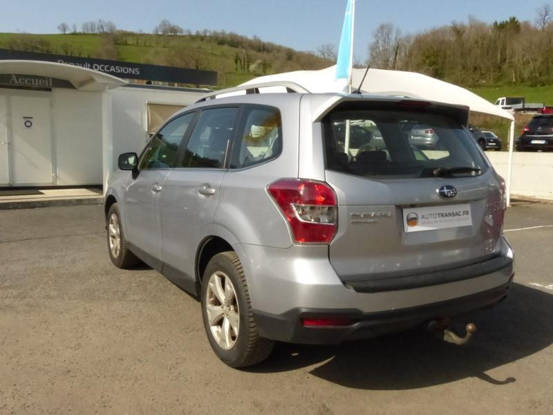 Subaru Forester 2.0i 150 Premium Lineartronic Gris occasion à Aurillac - photo n°8