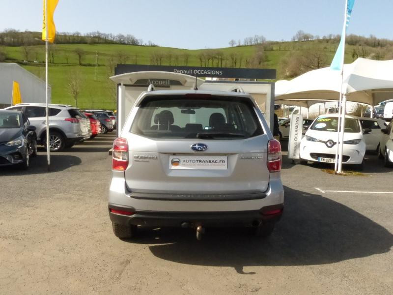 Subaru Forester 2.0i 150 Premium Lineartronic Gris occasion à Aurillac - photo n°5