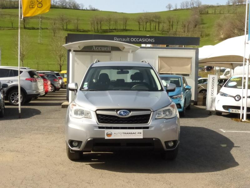 Subaru Forester 2.0i 150 Premium Lineartronic Gris occasion à Aurillac - photo n°2