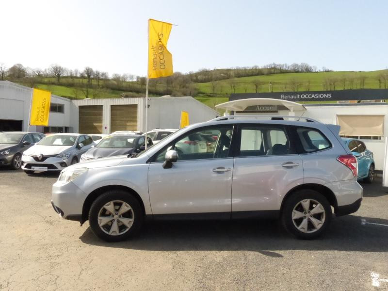 Subaru Forester 2.0i 150 Premium Lineartronic Gris occasion à Aurillac - photo n°4