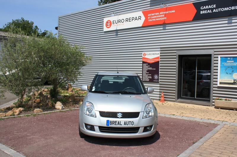 Suzuki Swift 1.3 DDIS 75 ANNIVERSARY 5P Gris occasion à Bréal-sous-Montfort - photo n°2