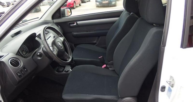 Suzuki Swift 1.3 VVT GL 3P Blanc occasion à FONTAINE LES GRES - photo n°3