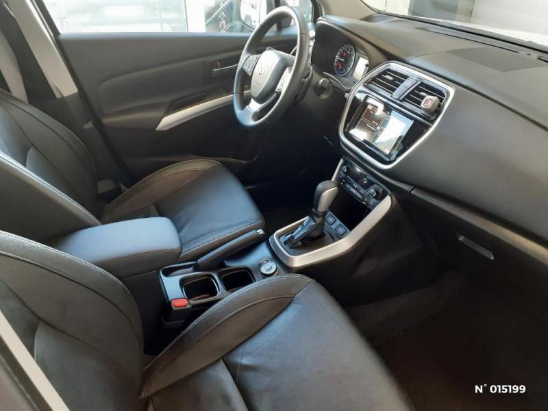 Suzuki SX4 S-Cross 1.4 Boosterjet Style Allgrip Auto Euro6d-T Blanc occasion à Clermont - photo n°4