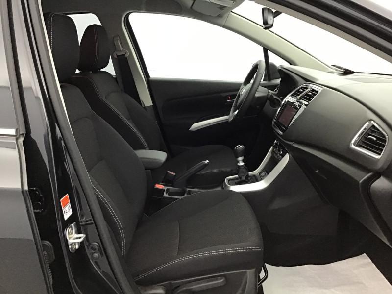 Suzuki SX4 S-Cross 1.4 Hybrid 129ch Bvm6 Comfort Noir occasion à SAINT-GREGOIRE - photo n°6