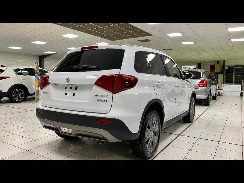 Suzuki VITARA 1.4 Boosterjet Hybrid 129ch Privilège Blanc occasion à Garges-lès-Gonesse - photo n°6