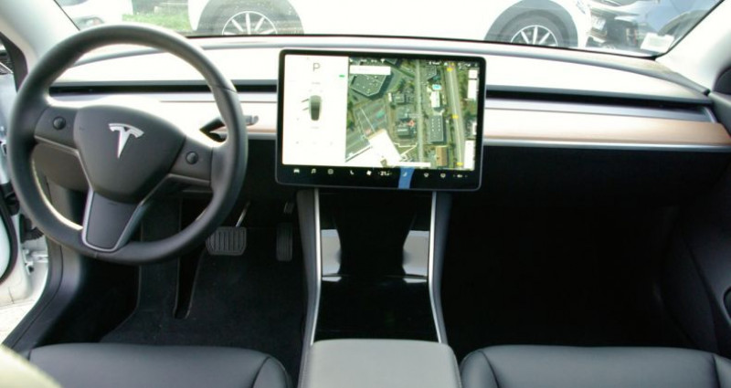 Tesla Model 3 Long Range Dual Motor AWD Blanc occasion à SAINT MAXIMUM - photo n°6