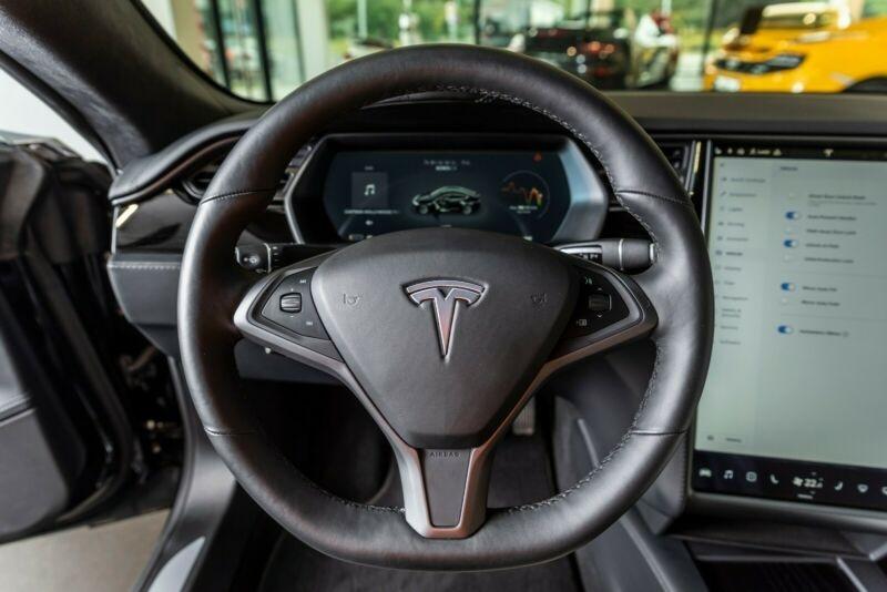 Tesla Model S 100D DUAL MOTOR Noir occasion à Villenave-d'Ornon - photo n°6