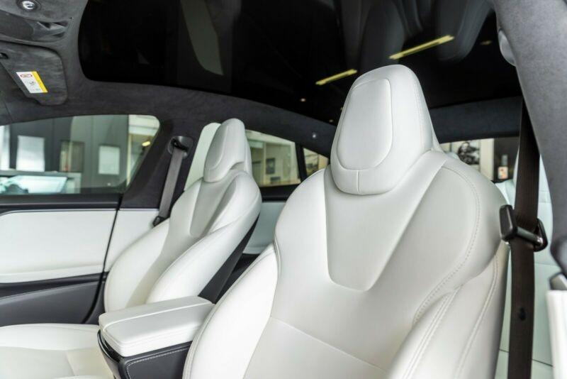 Tesla Model S 100D DUAL MOTOR Noir occasion à Villenave-d'Ornon - photo n°7
