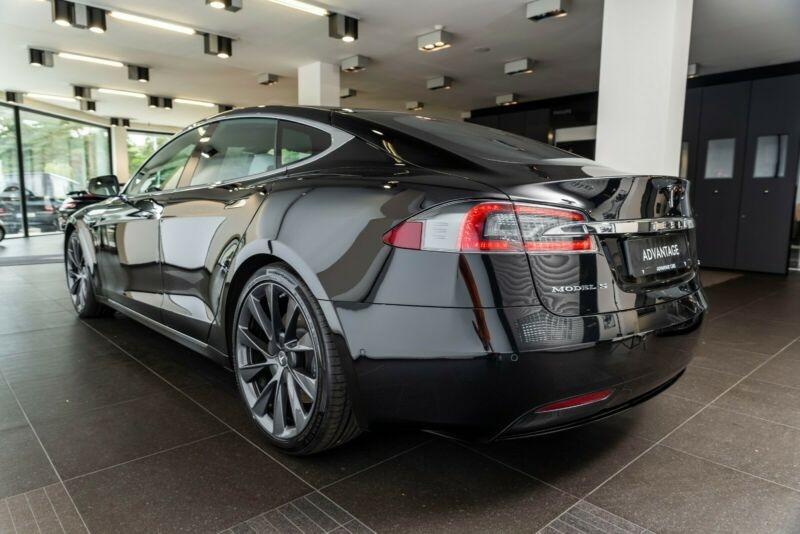Tesla Model S 100D DUAL MOTOR Noir occasion à Villenave-d'Ornon - photo n°4