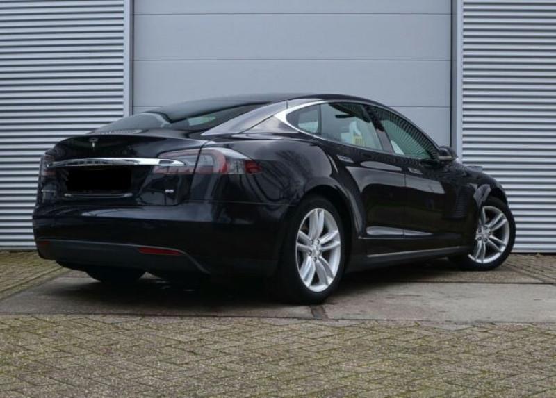 Tesla Model S 85 KWH 5P Noir occasion à Villenave-d'Ornon - photo n°6
