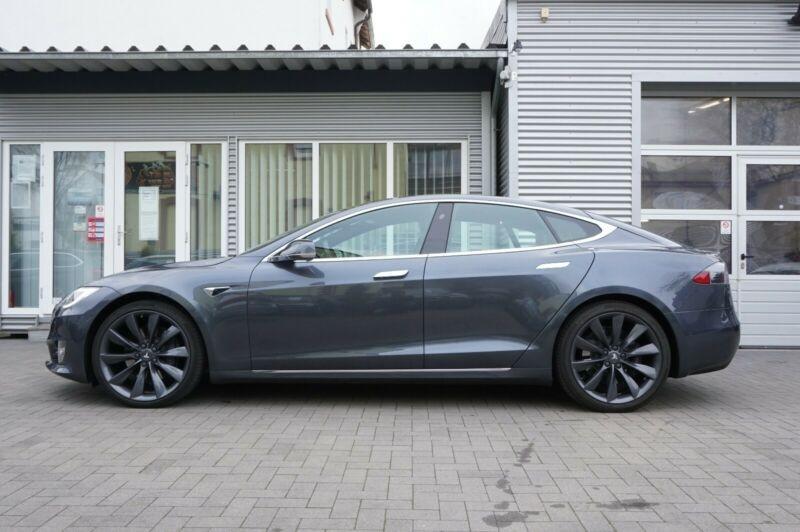 Tesla Model S 90D DUAL MOTOR Gris occasion à Villenave-d'Ornon - photo n°2