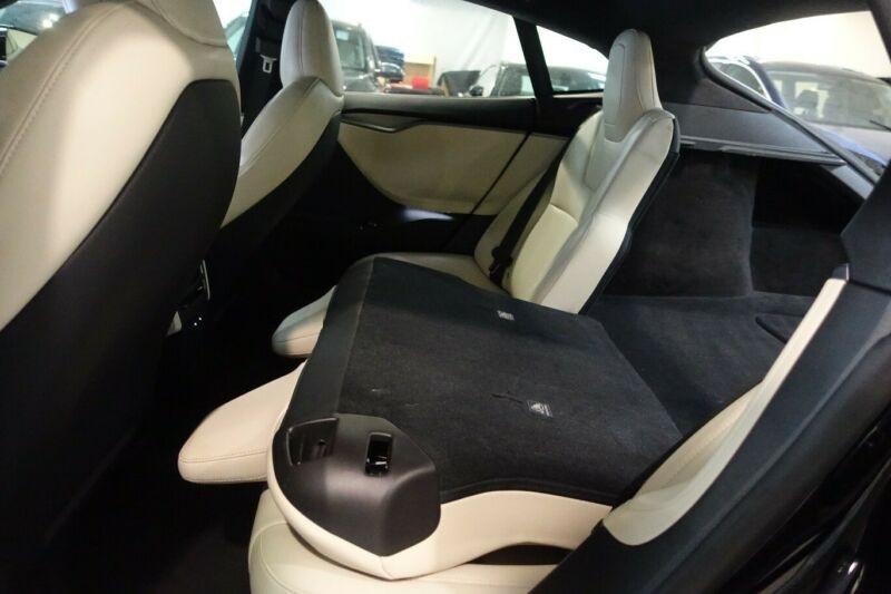 Tesla Model S LONG RANGE Noir occasion à Villenave-d'Ornon - photo n°4