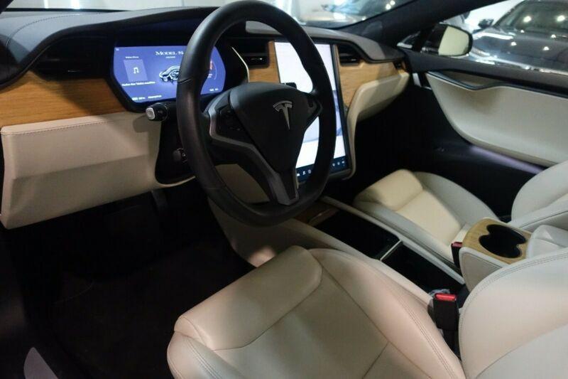 Tesla Model S LONG RANGE Noir occasion à Villenave-d'Ornon - photo n°9