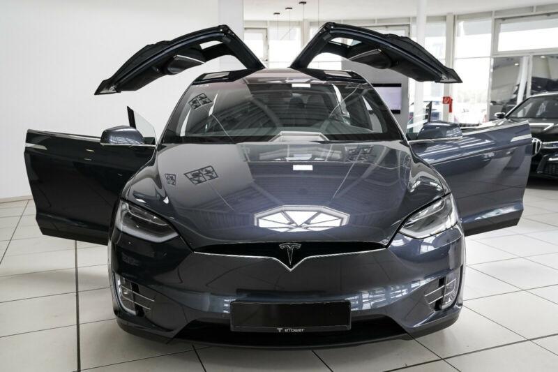 Tesla Model X 75D DUAL MOTOR Gris occasion à Villenave-d'Ornon