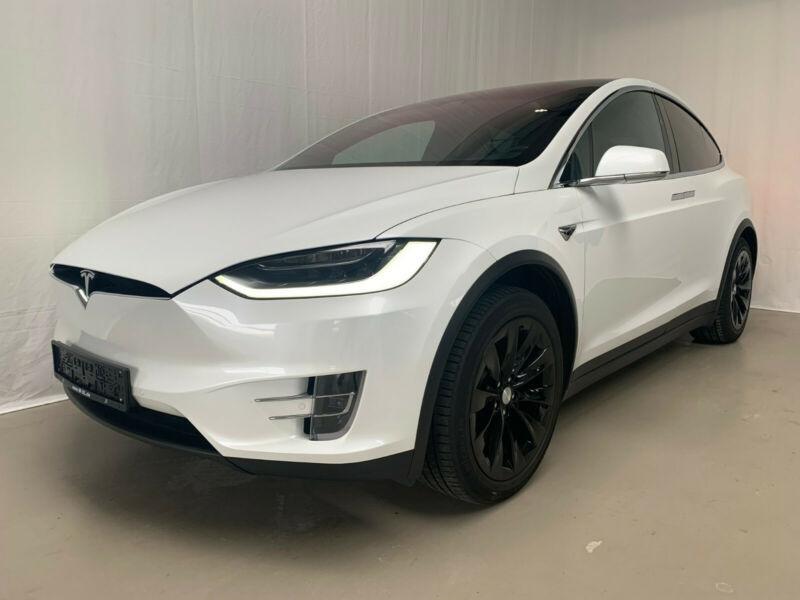 Tesla Model X 75D DUAL MOTOR Blanc occasion à Villenave-d'Ornon
