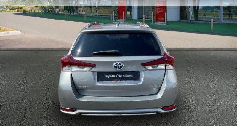 Toyota Auris Touring Sports HSD 136h Design Gris occasion à Hoenheim - photo n°4