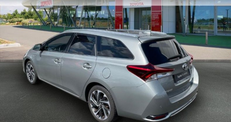 Toyota Auris Touring Sports HSD 136h Design Gris occasion à Hoenheim - photo n°2