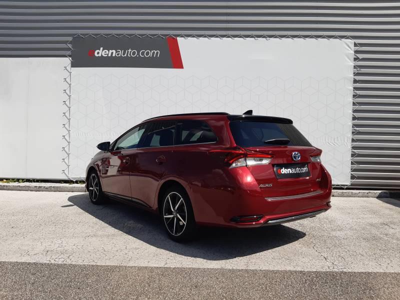 Toyota Auris Touring Sports TOURING SPORTS RC18 Hybride 136h Collection Rouge occasion à Brive-la-Gaillarde - photo n°3