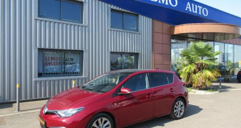 Toyota Auris 112 D-4D Executive Rouge occasion à Saint Parres Aux Tertres