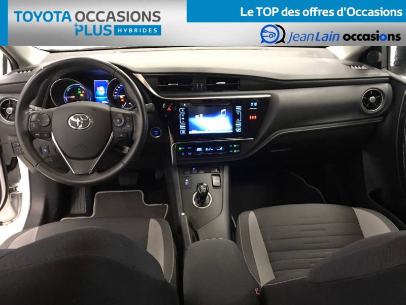 Toyota Auris Auris Hybride 136h Design 5p Blanc occasion à Bellegarde-sur-Valserine - photo n°18