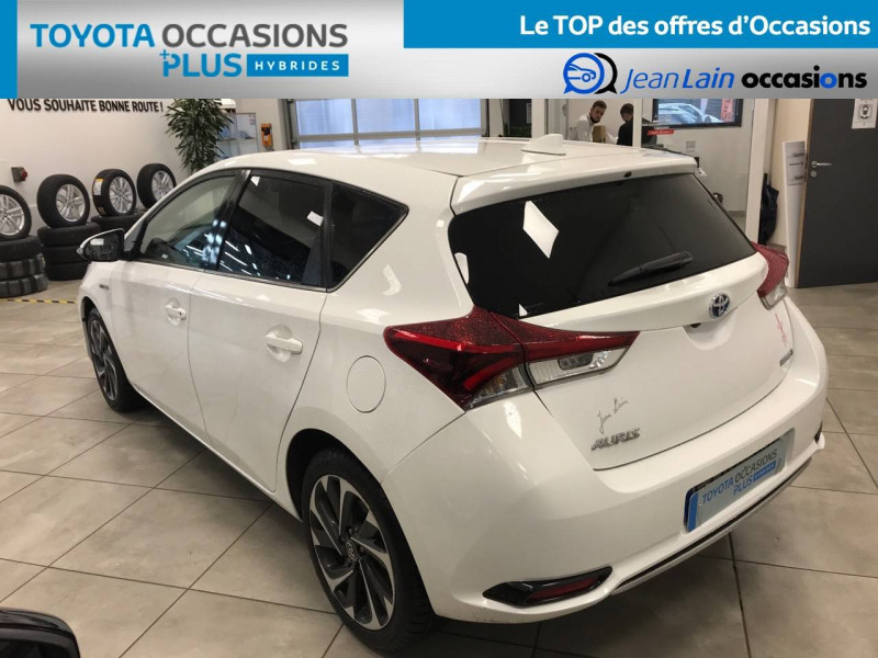 Toyota Auris Auris Hybride 136h Design 5p Blanc occasion à Bellegarde-sur-Valserine - photo n°7