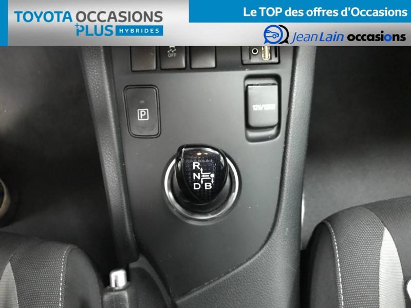 Toyota Auris Auris Hybride 136h Design 5p Blanc occasion à Bellegarde-sur-Valserine - photo n°13