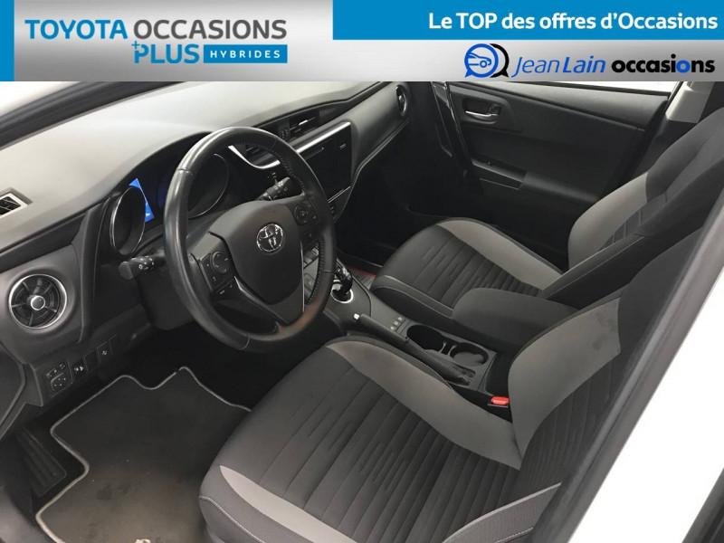 Toyota Auris Auris Hybride 136h Design 5p Blanc occasion à Bellegarde-sur-Valserine - photo n°11