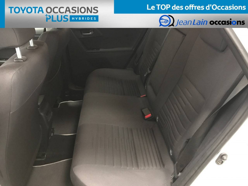 Toyota Auris Auris Hybride 136h Design 5p Blanc occasion à Bellegarde-sur-Valserine - photo n°17