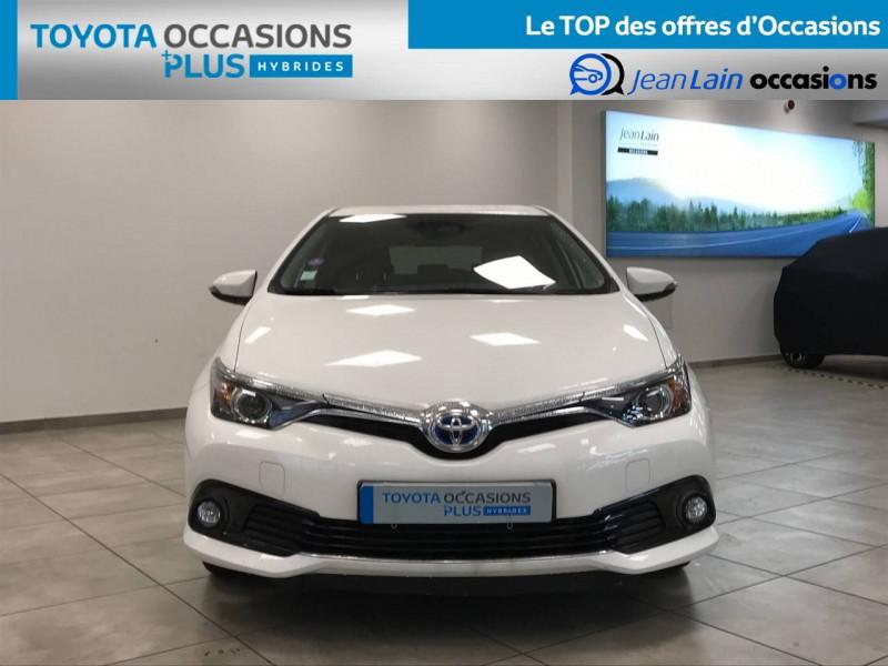 Toyota Auris Auris Hybride 136h Design 5p Blanc occasion à Bellegarde-sur-Valserine - photo n°2