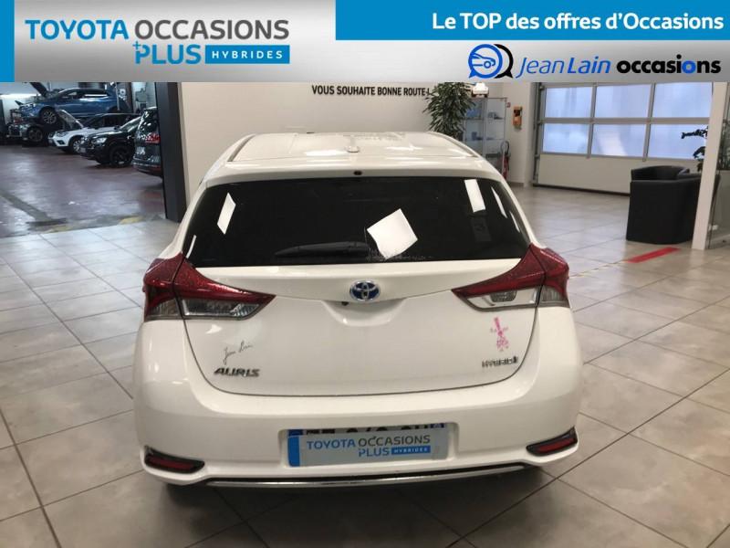 Toyota Auris Auris Hybride 136h Design 5p Blanc occasion à Bellegarde-sur-Valserine - photo n°6