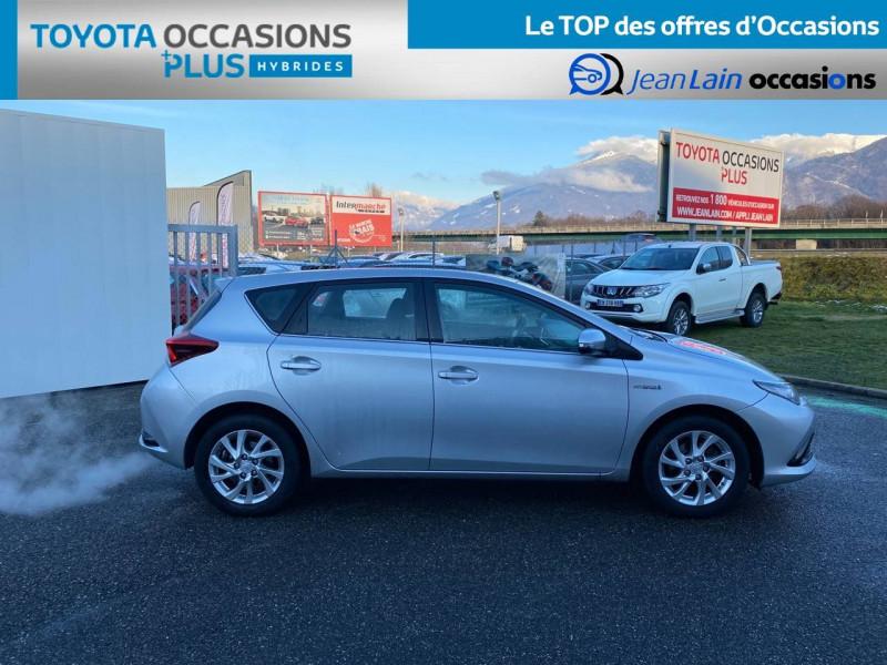 Toyota Auris Auris Hybride 136h HSD E-CVT TYPE ACTIVE 5p Gris occasion à Tournon - photo n°4