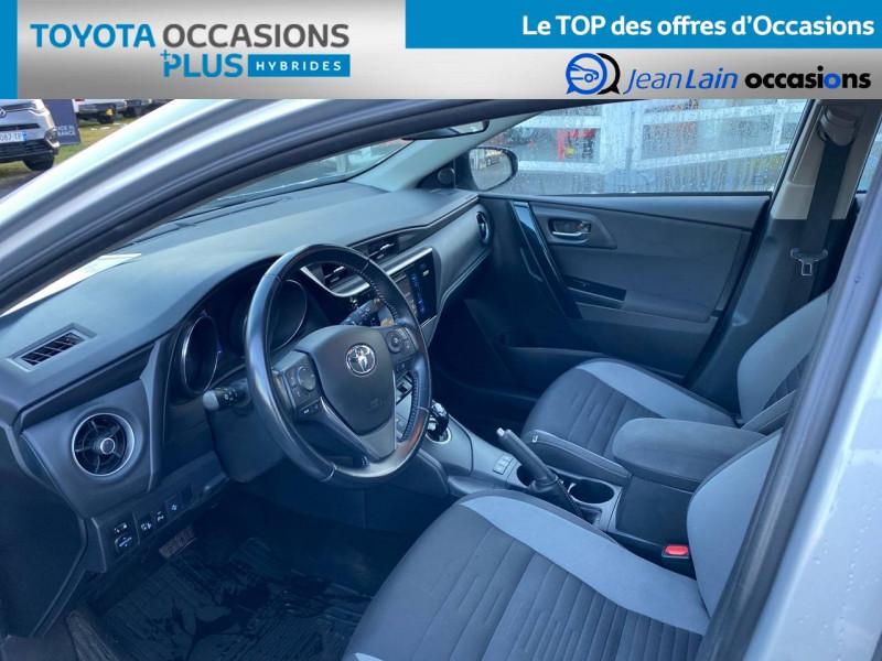 Toyota Auris Auris Hybride 136h HSD E-CVT TYPE ACTIVE 5p Gris occasion à Tournon - photo n°11