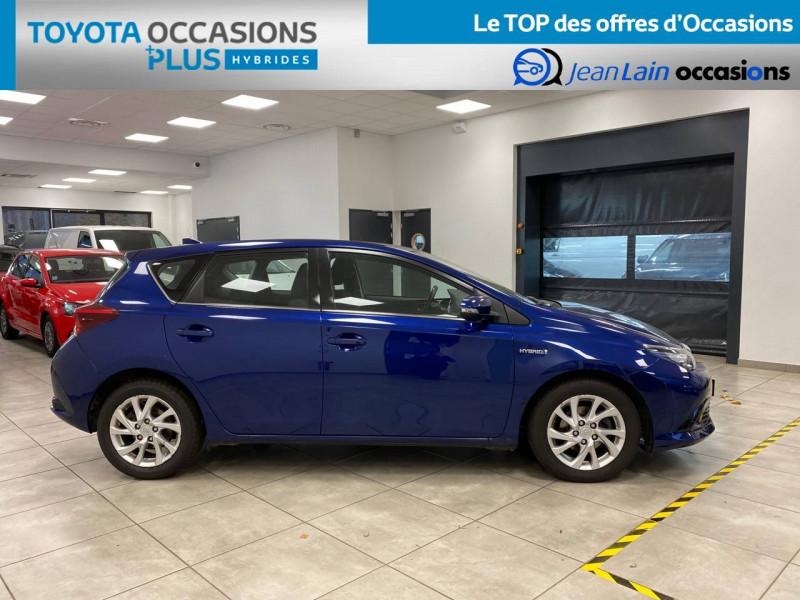 Toyota Auris Auris Hybride 136h HSD E-CVT TYPE ACTIVE 5p Bleu occasion à Bellegarde-sur-Valserine - photo n°4