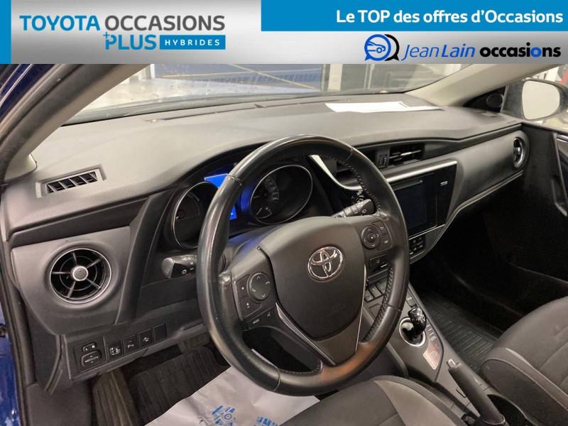 Toyota Auris Auris Hybride 136h HSD E-CVT TYPE ACTIVE 5p Bleu occasion à Bellegarde-sur-Valserine - photo n°18