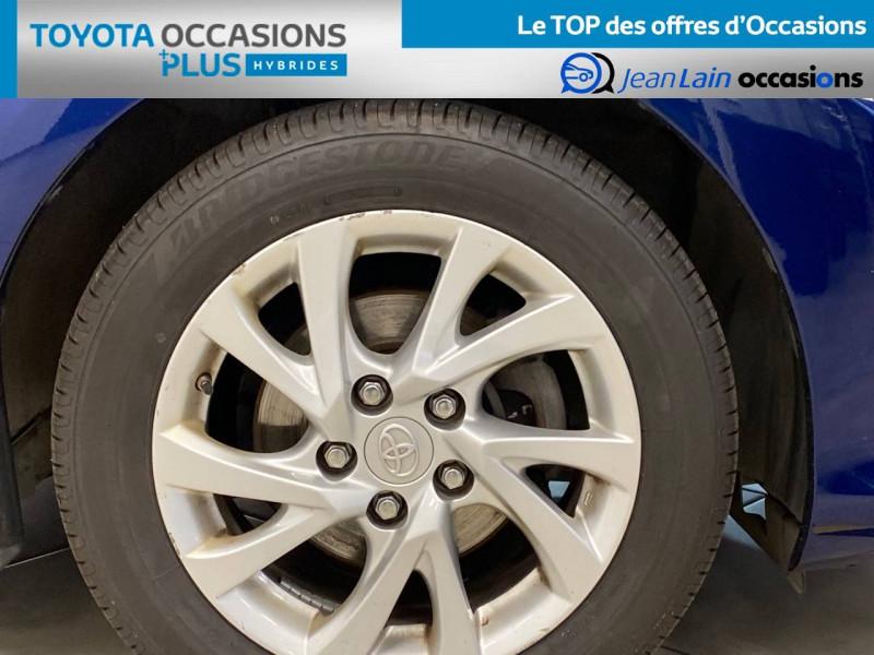 Toyota Auris Auris Hybride 136h HSD E-CVT TYPE ACTIVE 5p Bleu occasion à Bellegarde-sur-Valserine - photo n°9