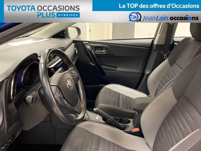 Toyota Auris Auris Hybride 136h HSD E-CVT TYPE ACTIVE 5p Bleu occasion à Bellegarde-sur-Valserine - photo n°11