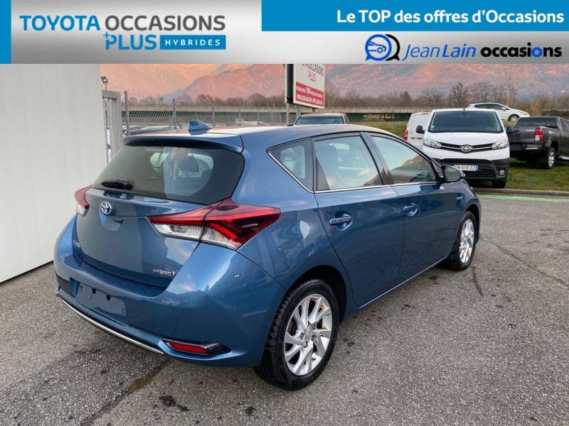 Toyota Auris Auris Hybride 136h HSD E-CVT TYPE ACTIVE 5p Bleu occasion à Tournon - photo n°5