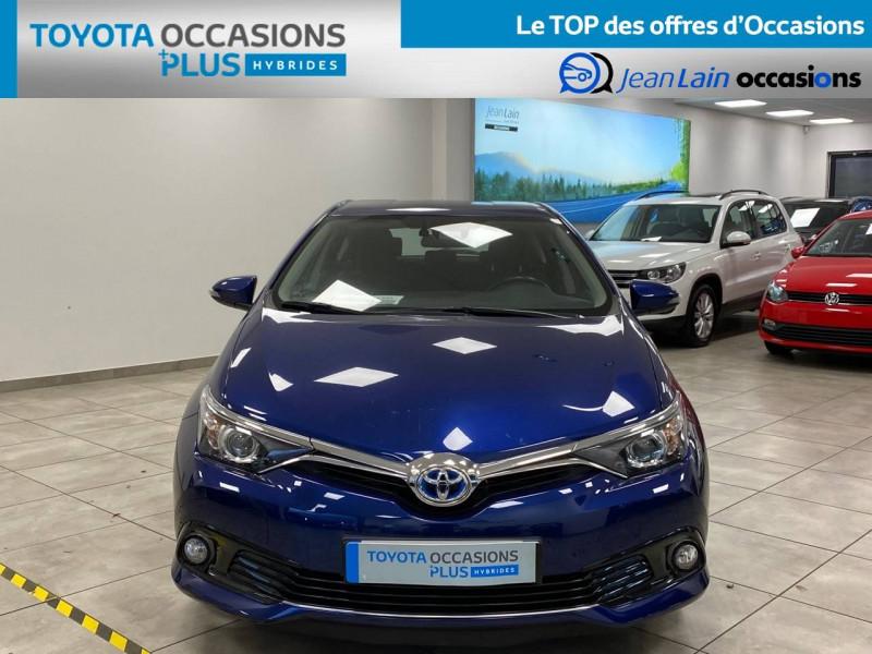 Toyota Auris Auris Hybride 136h HSD E-CVT TYPE ACTIVE 5p Bleu occasion à Bellegarde-sur-Valserine - photo n°2