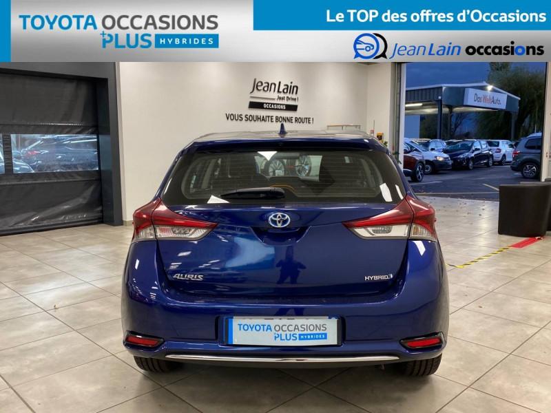 Toyota Auris Auris Hybride 136h HSD E-CVT TYPE ACTIVE 5p Bleu occasion à Bellegarde-sur-Valserine - photo n°6