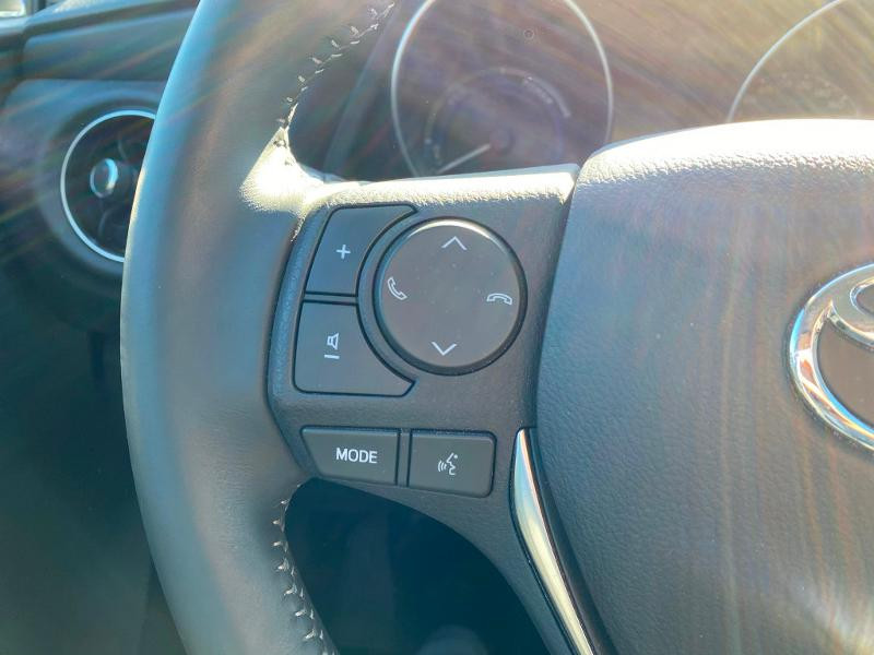 Toyota Auris HSD 136h Collection Gris occasion à Barberey-Saint-Sulpice - photo n°19