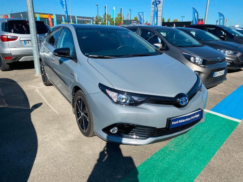 Toyota Auris HSD 136h Collection Gris occasion à Barberey-Saint-Sulpice - photo n°2