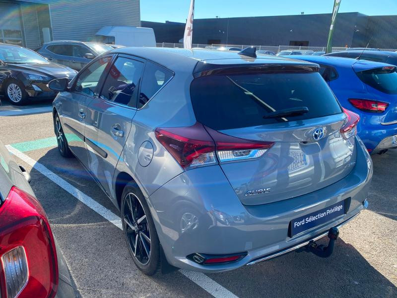 Toyota Auris HSD 136h Collection Gris occasion à Barberey-Saint-Sulpice - photo n°3