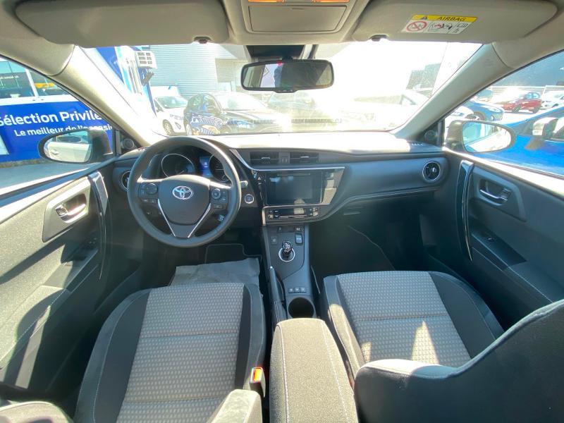 Toyota Auris HSD 136h Collection Gris occasion à Barberey-Saint-Sulpice - photo n°4
