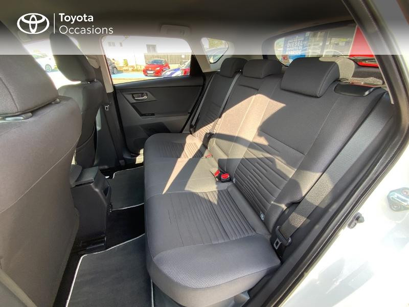 Toyota Auris HSD 136h Design RC18 Blanc occasion à Pluneret - photo n°12
